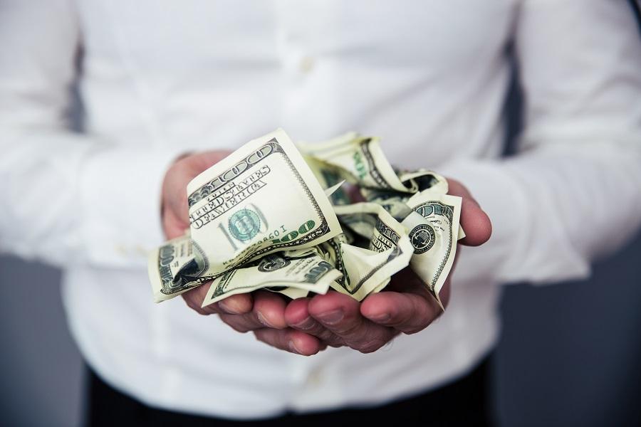 金銭感覚が合わないカップルCASE1 借金がある