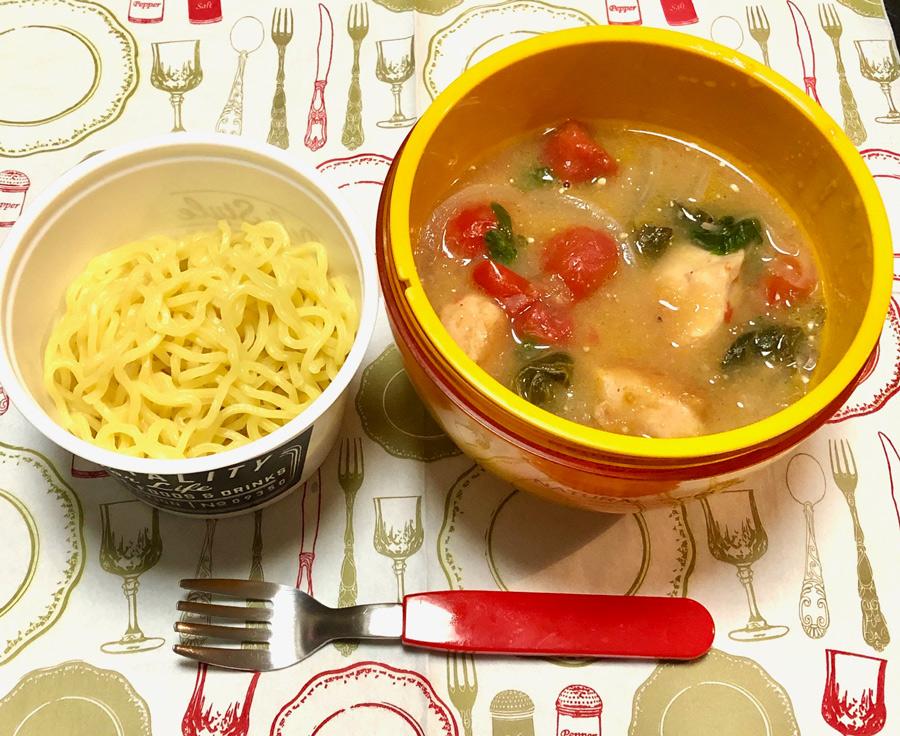 アレンジレシピ:鶏からサラダ鍋とひんやり中華麺