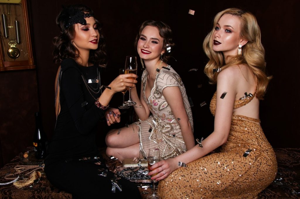 シャンパンを飲む女性はモテる!?特別な女性になるシャンパンたしなみ術