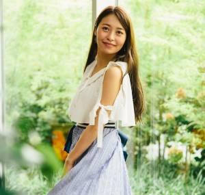女優「黒澤ゆりか」#2 SNS映えするスカートふわり写真の撮り方、教えます!