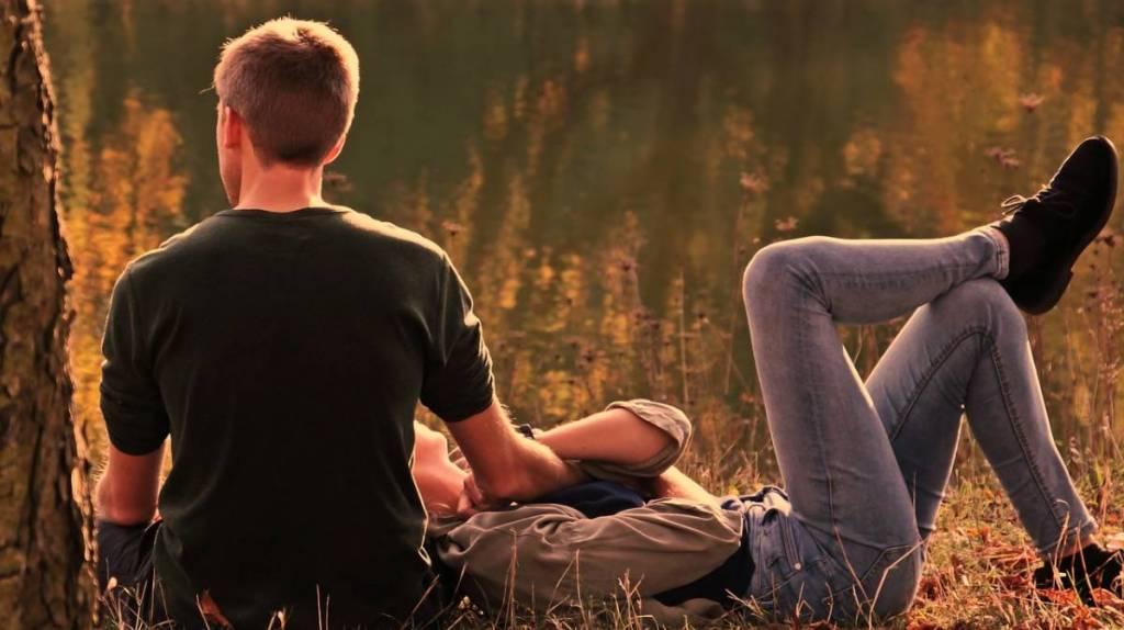 秋って寂しくなるのはなぜ?恋愛したくなる理由は?その心理を探る!