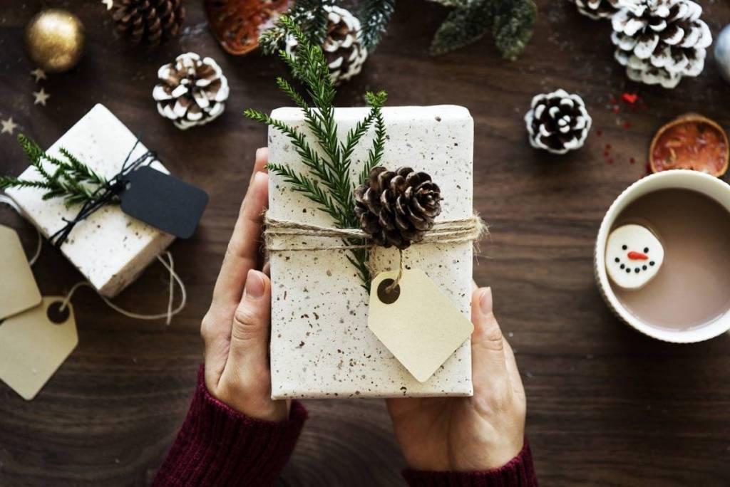 クリスマスデート準備 クリスマスプレゼントを決める
