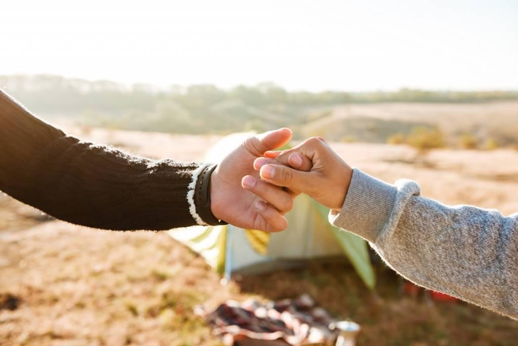 手を繋ぎたい男性の心理|付き合ってから