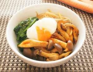 キノコで腸内きれい菌活レシピ|キノコのビビンバ丼・キノコのポトフ